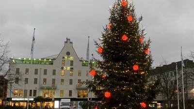 Extra julbelysning i centrum